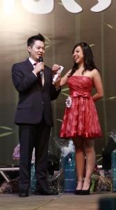 As candidatas responderam perguntas sorteadas no palco