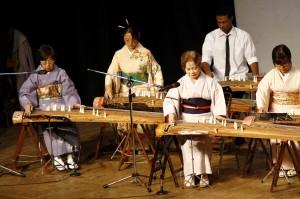 Koto - Assoc. Brasileira de Música Clássica Japonesa