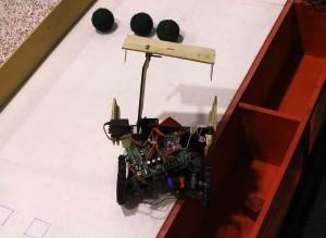 O evento foi palco de um torneio de robótica, que contou com equipes de oito países