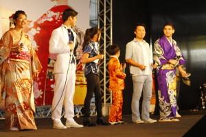 Kizuna Project - juntando grandes cantores da comunidade