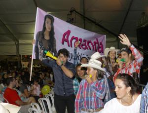 Torcidas incentivaram as candidatas durante o concurso