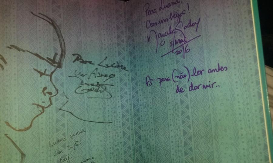 Exemplar autografado pelos autores
